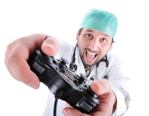 משחקי נינטנדו משפרים את ביצועי המנתחים  משחקי וידיאו משפרים קואורדינציית עין-יד ותפיסה מרחבית (צילום: Shutterstock)